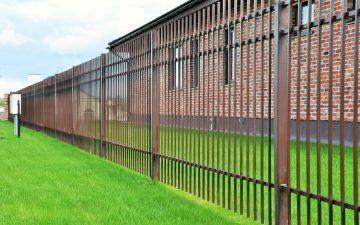 Išoriškai virintų strypų tvora