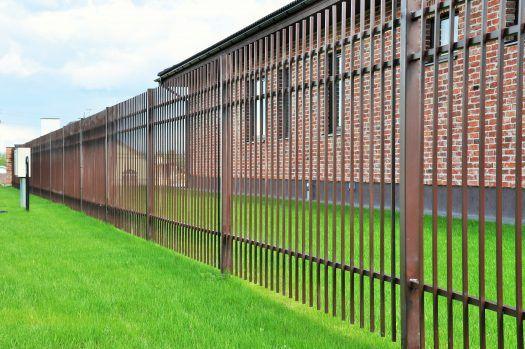 Tvoros segmentas iš 12×12 strypo